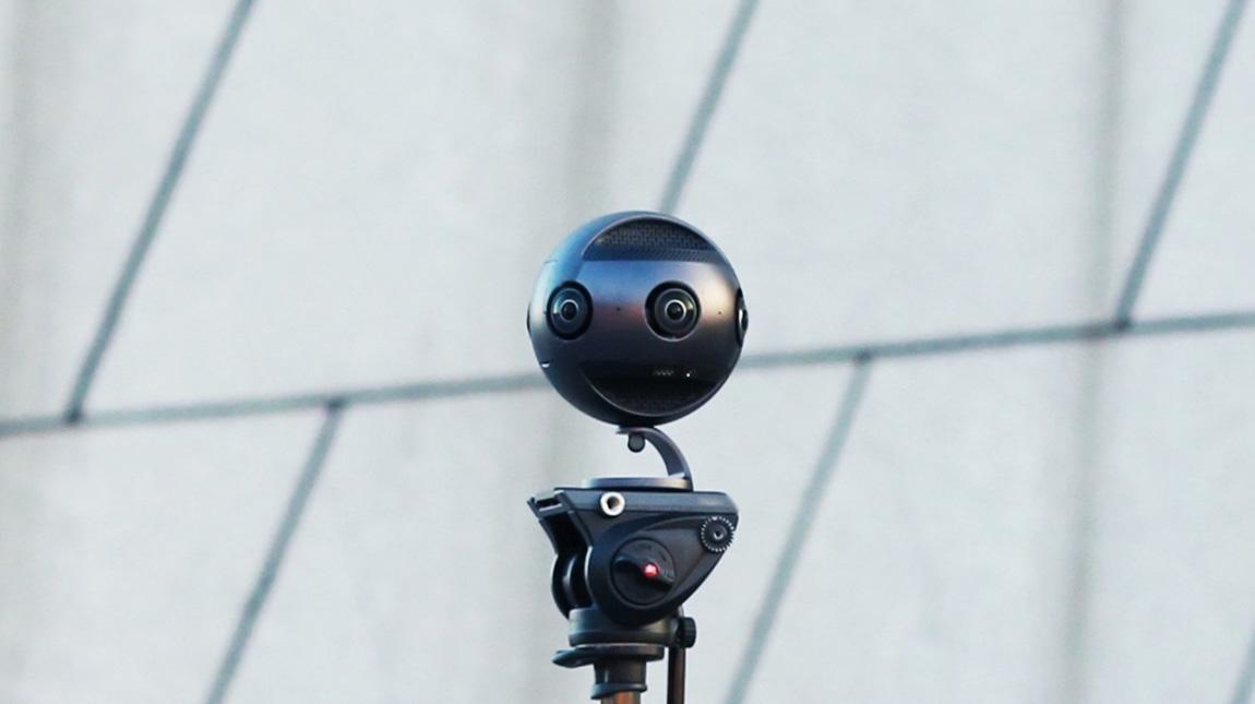 كاميرة Insta360 Pro