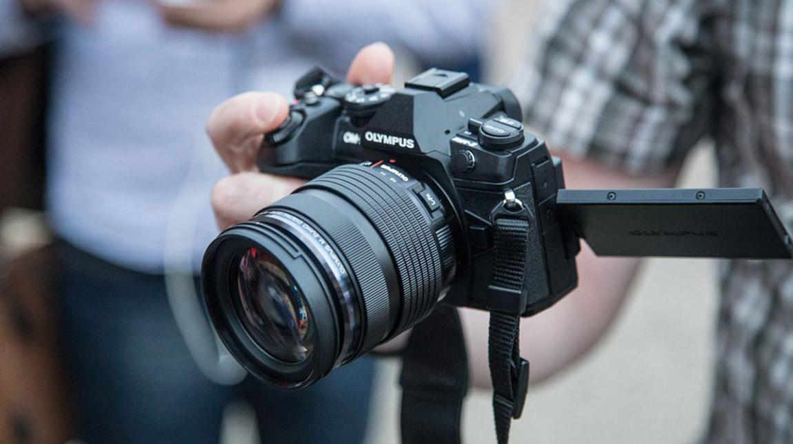 كاميرة أوليمبوس E-M1