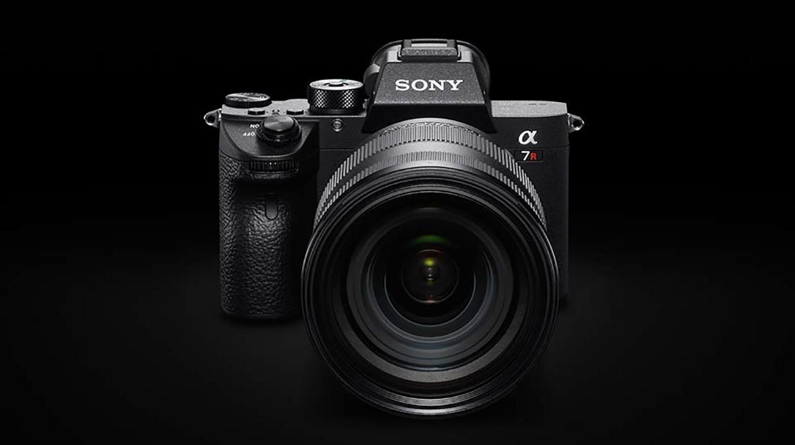 كاميرة a7R III