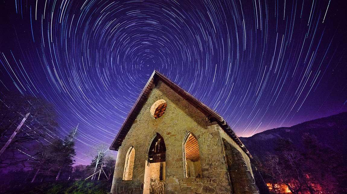 تصوير النجوم والسماء في الليل من الالف الى الياء بسهولة واحترافية - مدرسة الإبداع العربية