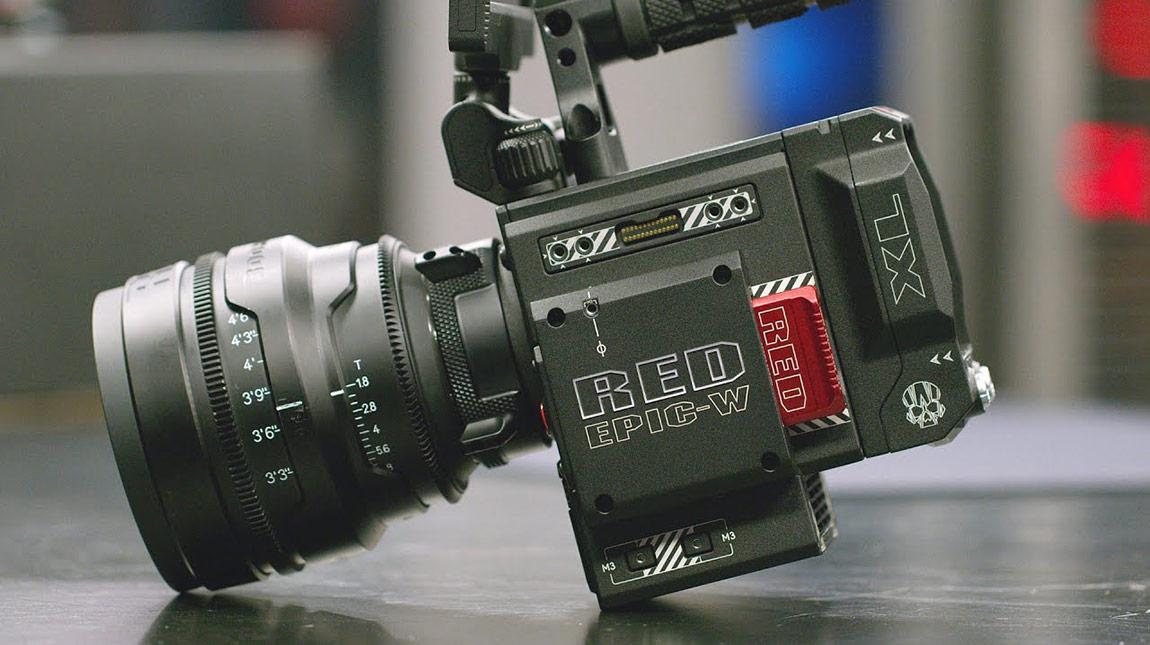تعاون بين RED و Foxconn لانتاج كاميرات 8K بسعر منخفض