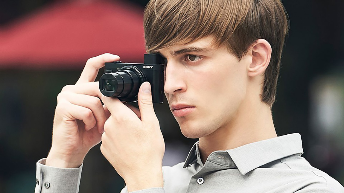 كاميرا سوني HX99 لتصوير الفيديو بجودة 4K وبعدسة 24-720 ملم