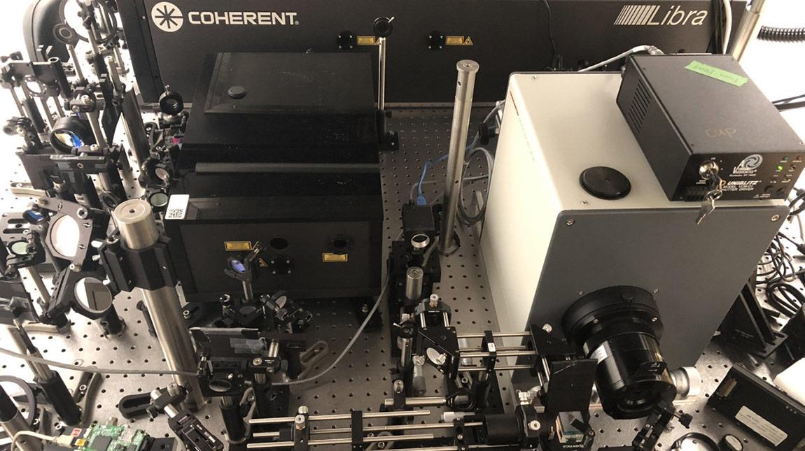 كاميرا T-Cup لتصوير لقطات سلو موشن بسرعة 10 ترليون في الثانية
