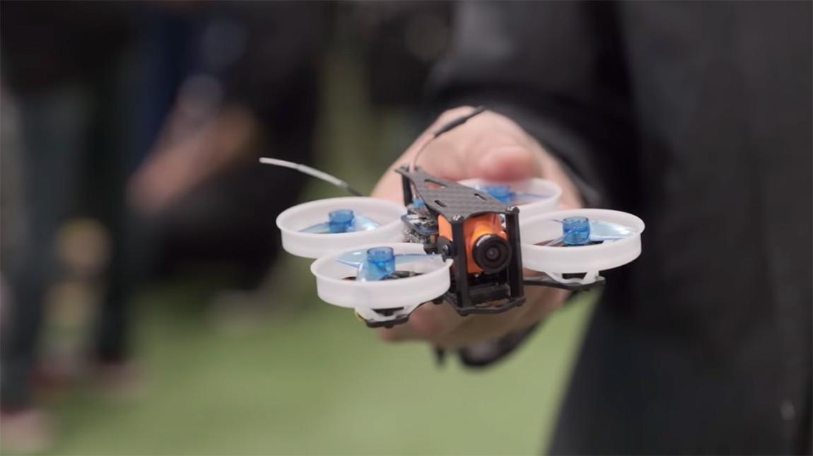 طائرة الدرون صغيرة الحجم هل هي مستقبل التصوير الجوي
