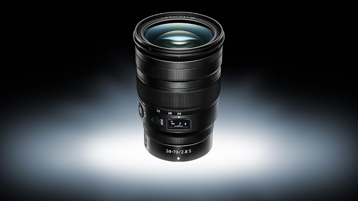 نيكون تطلق عدسة NIKKOR Z 24-70mm لكاميرات ميرورليس
