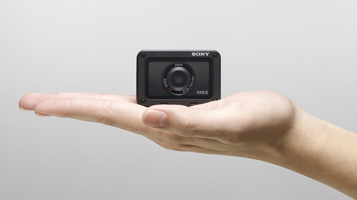 سوني RX0 II كاميرا تصوير فيديو 4K مضادة للماء وللصدمات