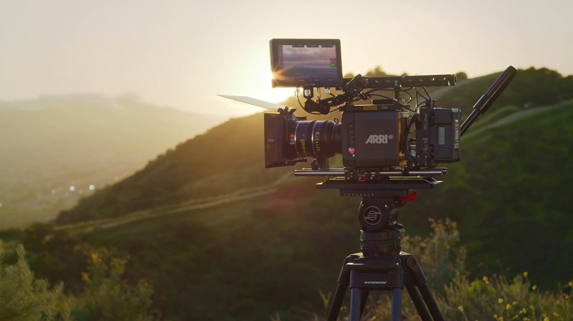 الاعلان عن SmallHD Cine 7 شاشة المراقبة والتحكم في الكاميرا