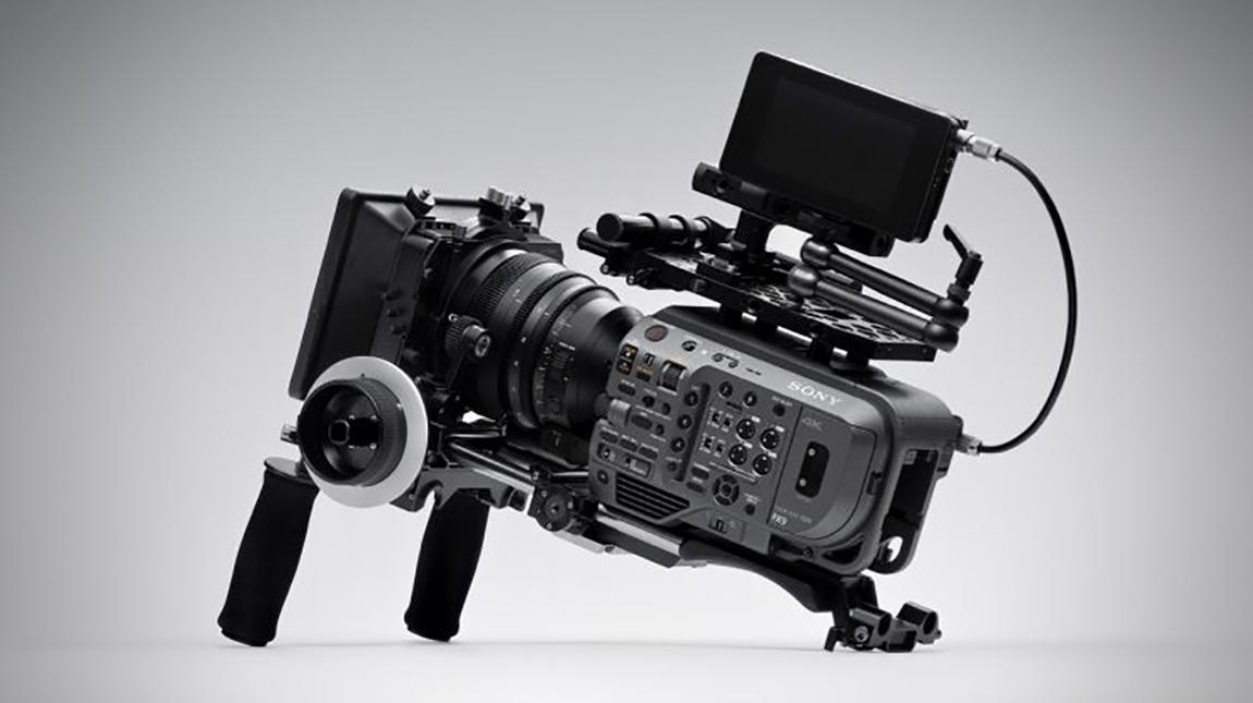سوني FX9 كاميرا سينمائية فل فريم بوضوح 6K وسرعة تصوير 180 اطار