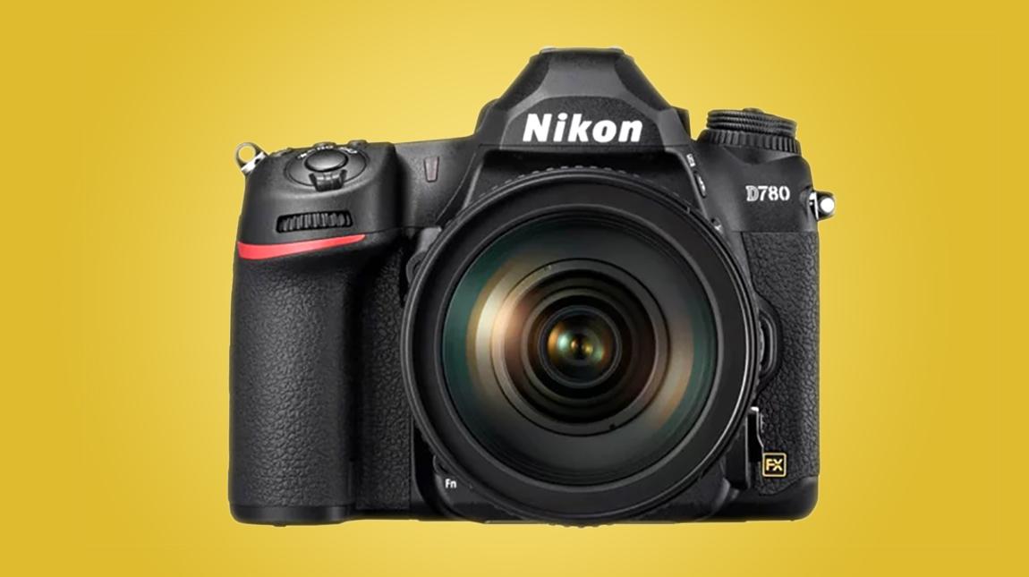 نيكون تطلق كاميرا D780 مزيج بين كاميرات ميرورليس و DSLR بتصوير 4K