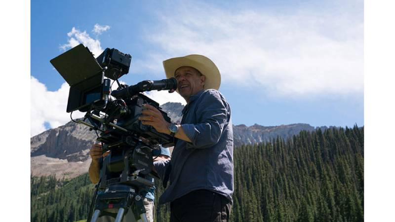 الكاميرات والعدسات التي استخدمت في تصوير أشهر اعمال نتفليكس